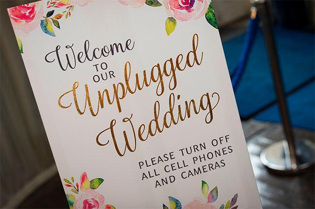 Por qué tener una «boda desenchufada» es una buena elección