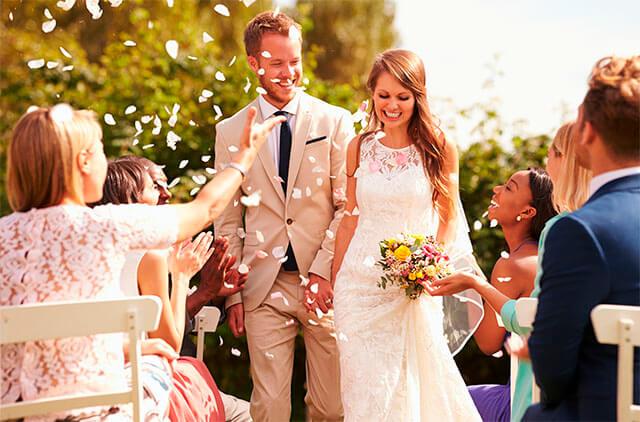 Why Having an Unplugged Wedding is a Good Choice